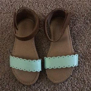 Shoes - Old Navy Size 8 Toddler Sandals